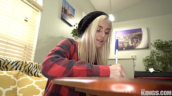 Amateur Teen Tries Out in Porno Casting