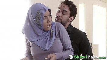 Big Meaty White Cock Slides Into Arab Teen's Pita Buns