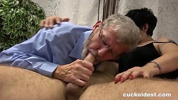 Cuckolding Granny