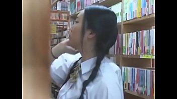 かわいい制服小学生が可愛い乳首をホテルで好き放題しゃぶり尽くすの美少女動画