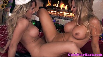 Xmass tribbng of two beatiful lesbian blondes