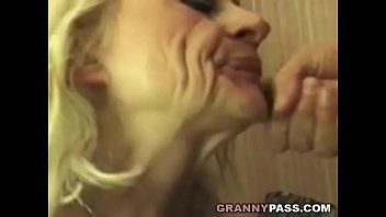 Squirting Mamie Prend Rugueux Putain De