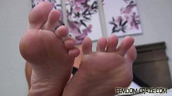Watch joi teasing 3gp download - Worship my feet you little foot freak preview