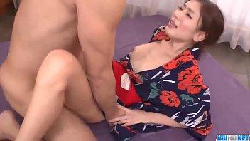 Hot japan girl Kaori Maeda connect puisne cocks in both her holes