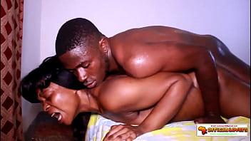 Dans une nouvelle expérience de sexetape, Alane nous prouve encore qu'il est le roi du porno en Afrique.  Il a été plusieurs fois déclaré comme meilleur acteur du porno en Afrique.  vivez sa réalisation in&ea