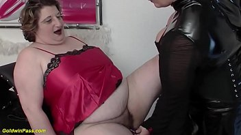 extreme fat hairy bush busty mom gets bounded toyed and deep fisted by her sexy fetish step daughter