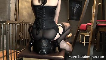 Slave of Miss Jessica Wood - CBT and Nipple t. an Amazing and Painful Combination