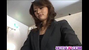 Fully dressed Saori gives a steaming hot bowjob and handjob