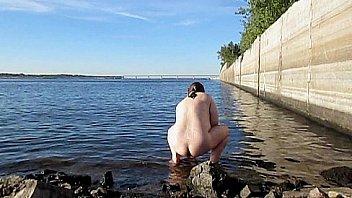 Deepanaldildo roxy raye bathcam