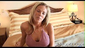 Wicked mamma rides to get orgasm
