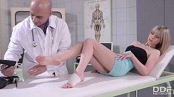 Clinic foot fuck makes Doctor blow his cum all over Bianka Brill's hot toes