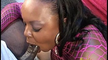 Chubby ebony stripper shows off her blowjob skills on a BBC