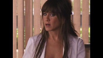Jennifer Aniston Topless: http://ow.ly/SqHxI