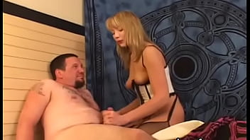 Playsome sweetie bends over for rear fuck