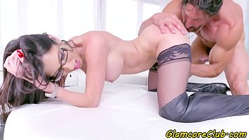 Spex pornstar screwed in sexy glasses