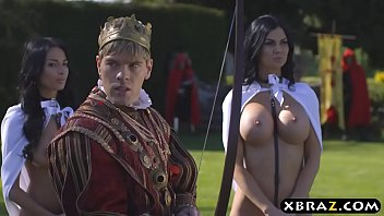 King fucks his busty woman