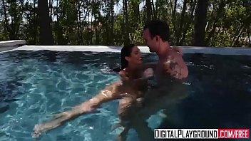 Watch DigitalPlayground - Hot Day preview