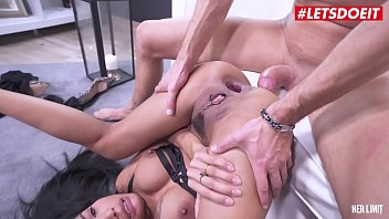 Letsdoeit thai cute brunette polly pons tries her anal limits with a big italian cock