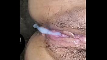 Asian wife gets cummed in
