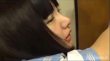 天然小学生がちっぱいを舐め回されて喘いじゃうのロリ系動画