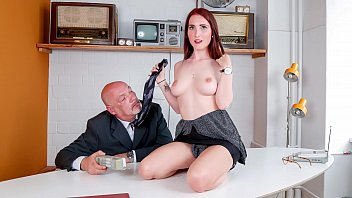 BUMS BUERO - Big boobed secretary with glasses rammed