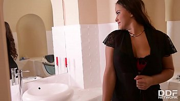 Horny teeen slut Olivia Nice seduces delivery guy in her kitchen for a fuck