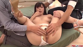 Hot japan girl Mizuki Akai in group sex video