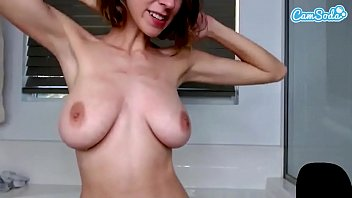 Hopelesssofrantic Big Tits webcam fun