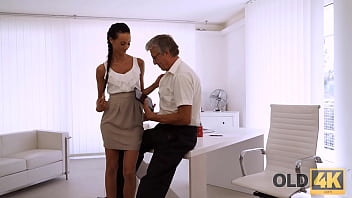 OLD4K. Dazzling brunette with ease seduces old boss in the office