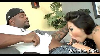 Black 10-pounder in white anal