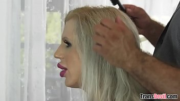 Tranny fuckdoll Juliette Stray