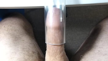 Vacuum Cleaner Suck Flutter and Cum