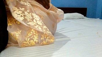 टीचर को उसकी शादी की सालगिरह पर चोदा होटल में