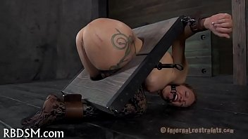 Torturing gal with sex-toys