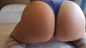 Big Ass Worship Sister's Got a Nice Fat Butt