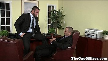 Office hunk pounding tight ass before jerking