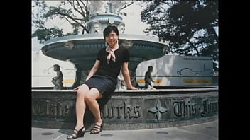 Xiao Xuemei, who was innocent at the time, was finally trained to be willing to pose for M-words and open her feet and cunt.