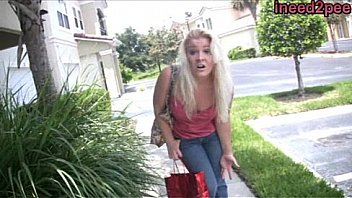 Whitney Morgan desperate & wetting her jeans
