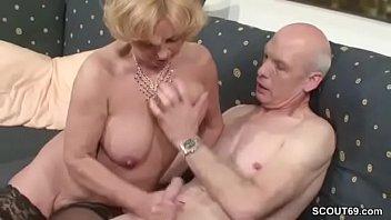 Oma und opa beim ficken