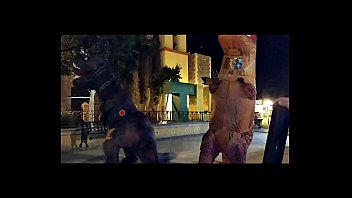 Watch Dinosaurios perreando en_plaza publica preview