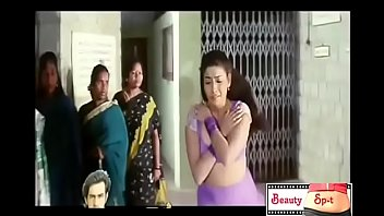 Watch HOTTEST HD BOOB_SHOW EVER.. (DONT MISS)  in india hot boob showing_boobs bollywood actor preview