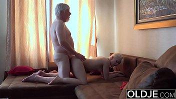 Old Young Porn Grandpa Fucks Petite Teen Spits Cum After Blowjob Massage