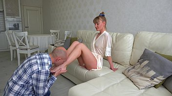 Queen facesitting and her slave. Pussy licking, eating pussy, faceriding, squirting orgasm