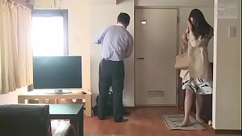 Japanische Frau Mangel an der...