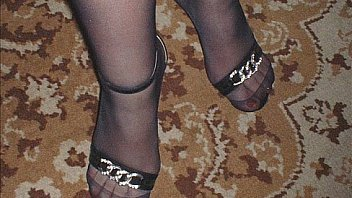 Crossdresser in pantyhose