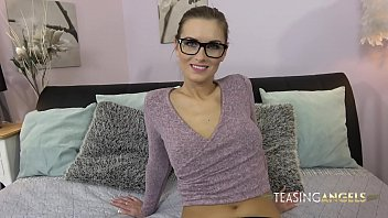 Looking even sexier in glasses, Jennifer Jane spreads her long legs