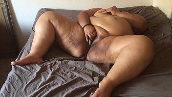 fat ass latina gets fucked