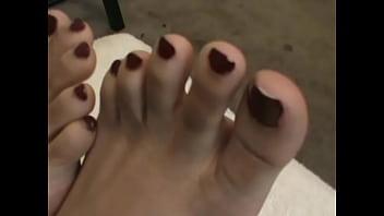 Sasha Gee Beautiful Puerto Rican girls toes