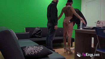 Two dudes share a hot latina posing as policemen