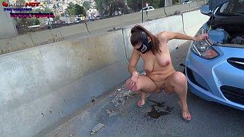 danna hot orinando desnuda en avenidas de ciudad mexico